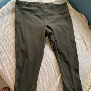 Lululemon leggings with side pocket/zipper on band